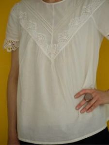 Burdastyle blouse made from organic cotton batiste from Lebenskleidung